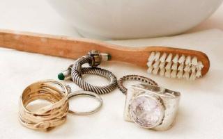 Как почистить медицинское золото в домашних условиях