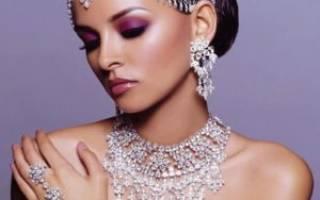 Правила и особенности ношения белого золота