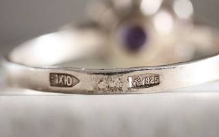925 проба относится к золоту или серебру и как их отличить?